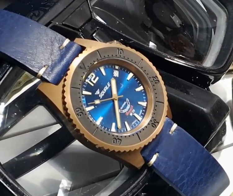 Squale 50 atmos 1521 Bronze Blue Dive Watch
